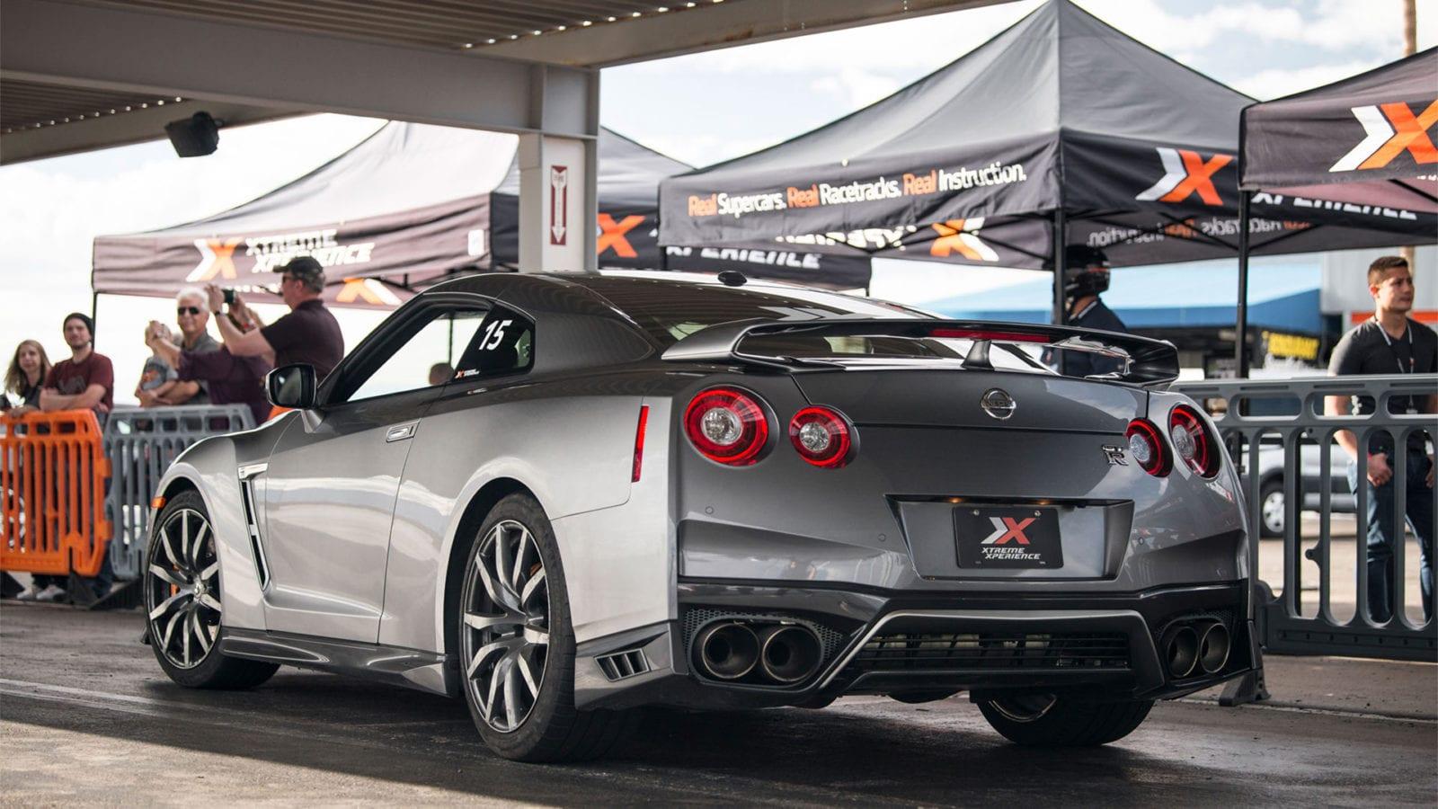 Nissan GT-R rear quarter panel