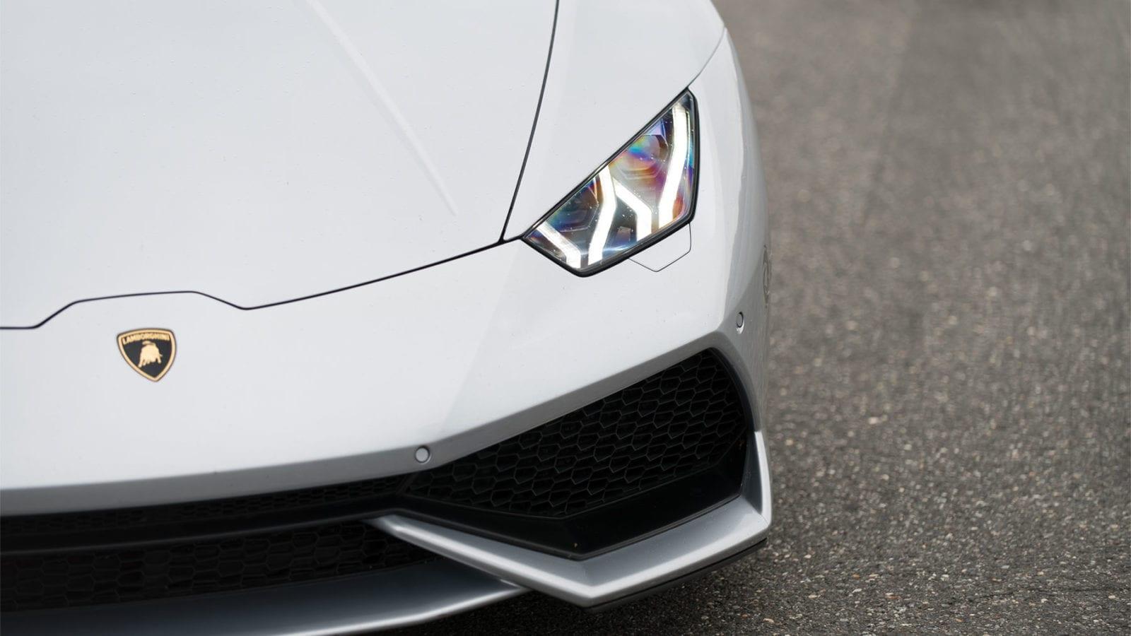 Lamborghini Huracan in silver
